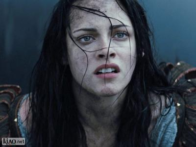 Extrait Snow White and the Huntsman XTRA: TV Spot