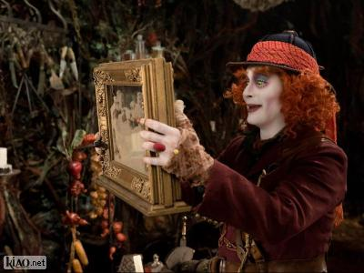 Extrait Alice Through the Looking Glass